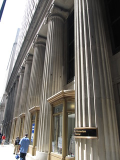 Kuva Federal Building Columns.