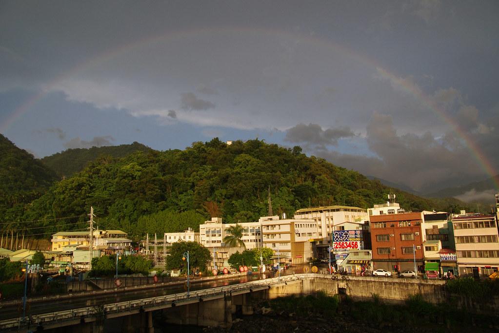 雨後的彩虹橋