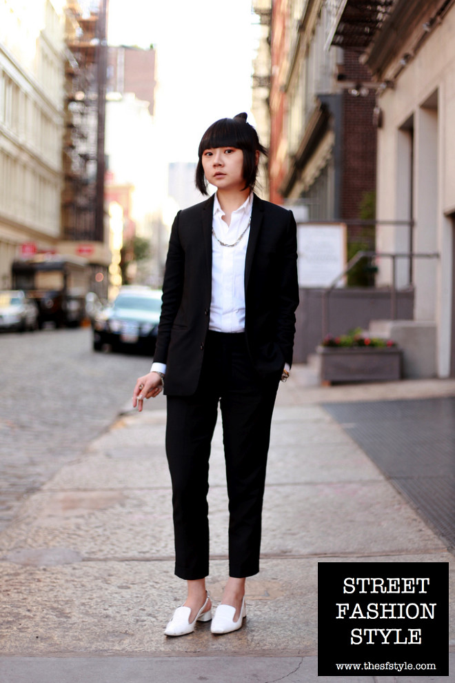 black and white women's suit, zara shoes, new york fashion blog, thesftyle, sfstyle, street fashion style,