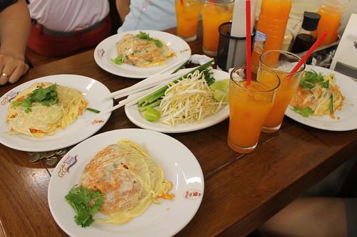 pad thai goong