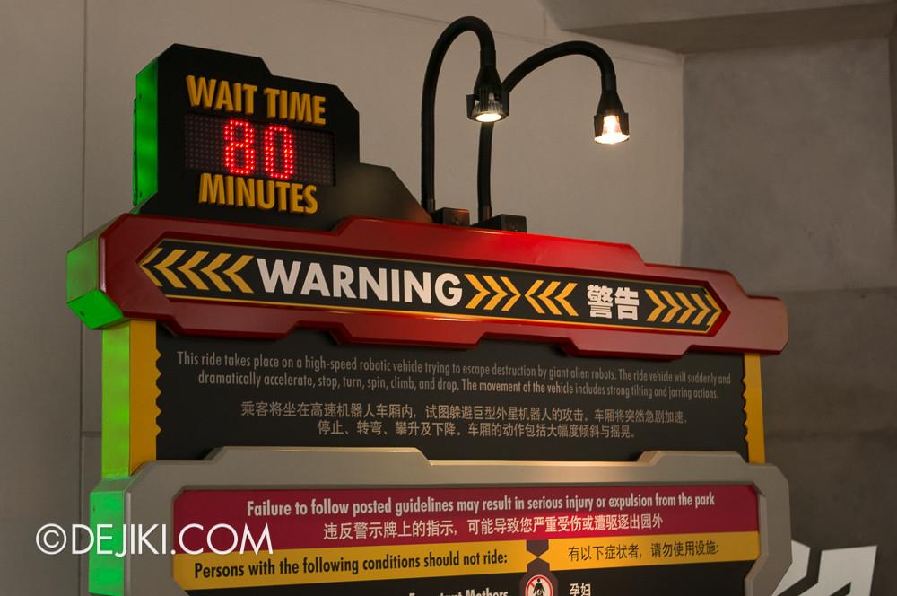 Universal Studios Singapore - Transformers Wait Time