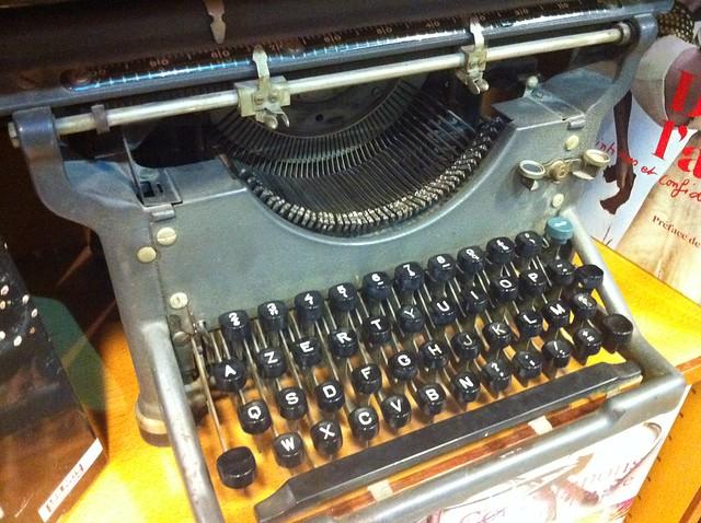machine à écrire livres en vrac