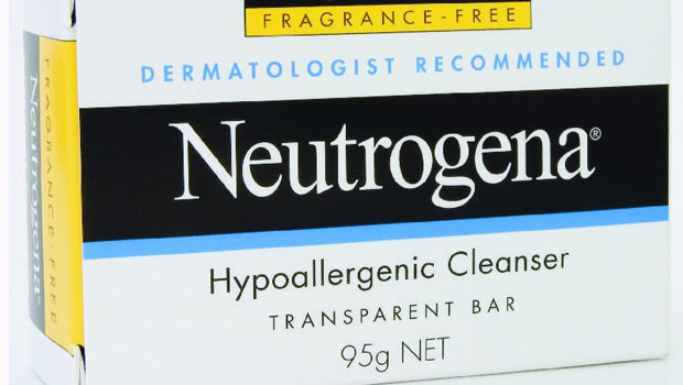 Neutrogena-Hypoallergenic-Cleanser-Bar-95g_5