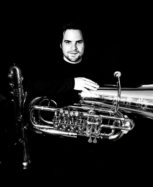 Oscar Abella - Tuba Studio - Vertical
