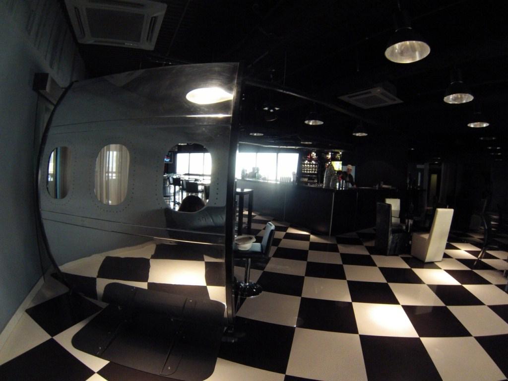 Heli Lounge Bar, Kuala Lumpur, Malaysia heli lounge bar, cervezas en un helipuerto a más de 200 metros de altura - 14520103837 97bec39792 b - Heli Lounge Bar, cervezas en un Helipuerto a más de 200 metros de altura
