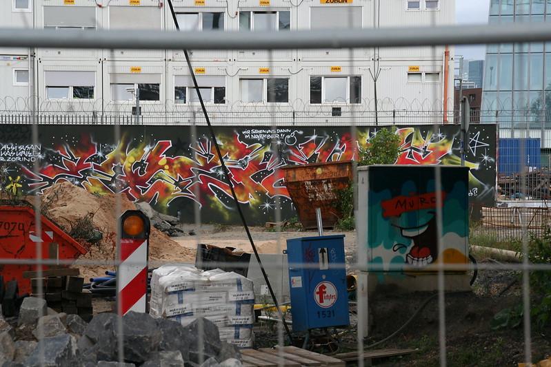 Streetart an der neuen EZB (14)