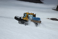 racing(0.0), winter(1.0), vehicle(1.0), piste(1.0), snow(1.0), snow removal(1.0), snowplow(1.0),