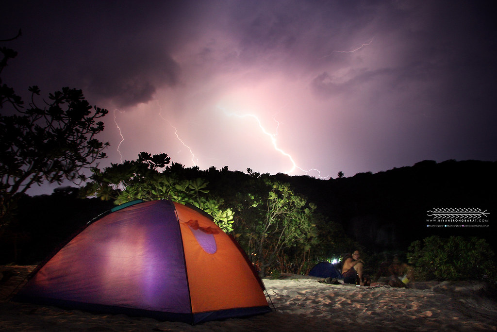 Calaguas Island lightning photography