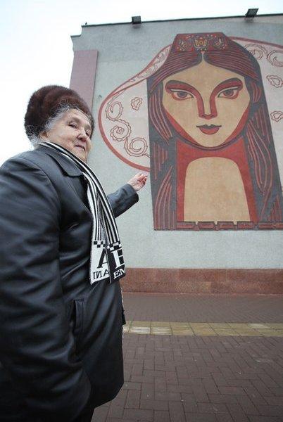 Портрет девушки на вокзале Казани