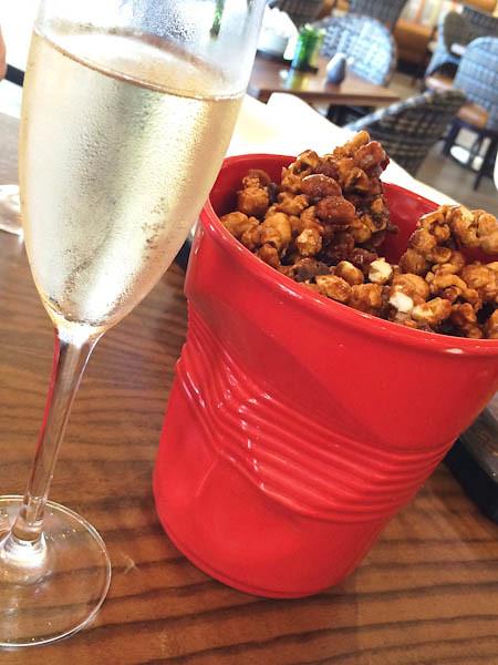 Popcorn & Pig (caramel popcorn, bacon, peanuts, fleur de sel)