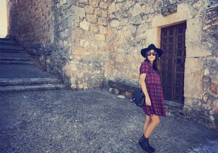 street style barbara crespo maderuelo segovia travels villages fashion blogger outfit blog de moda