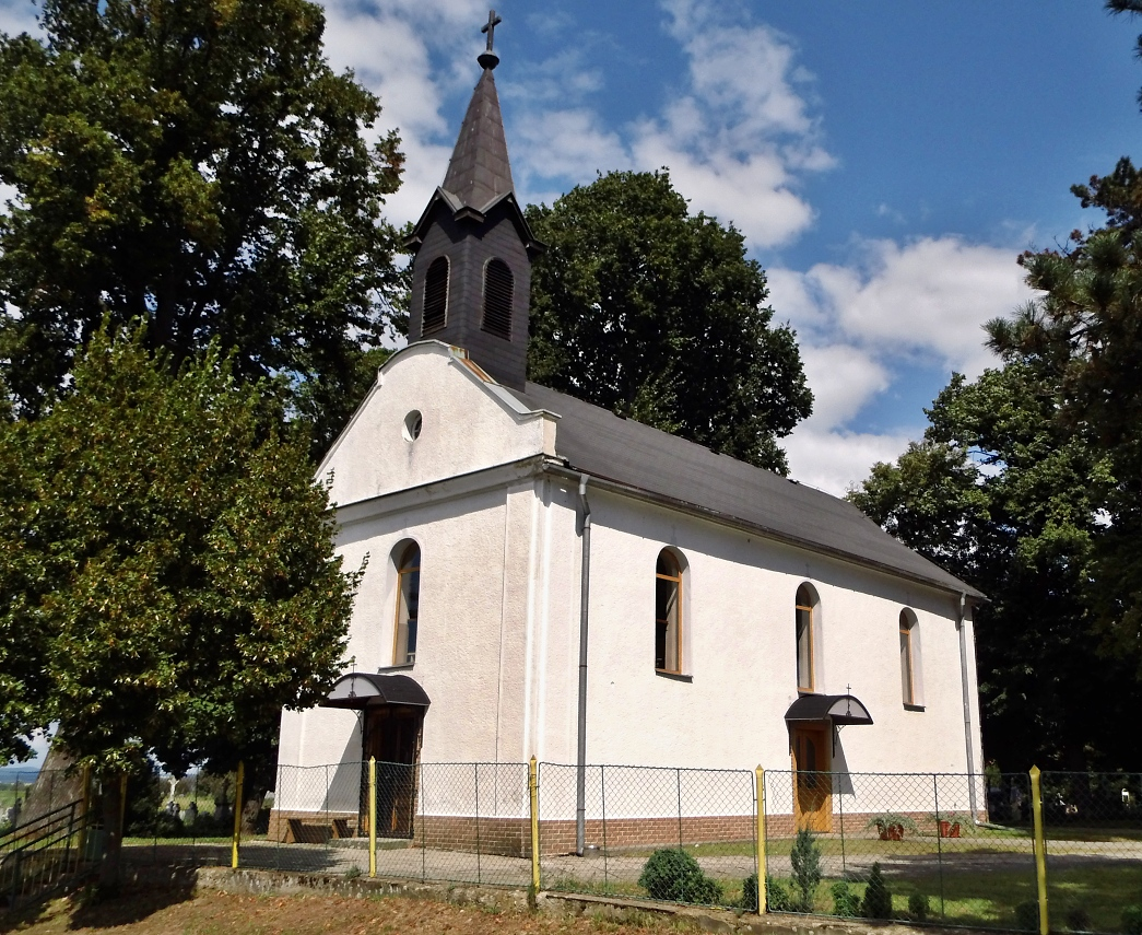 Kostol v Kolároch