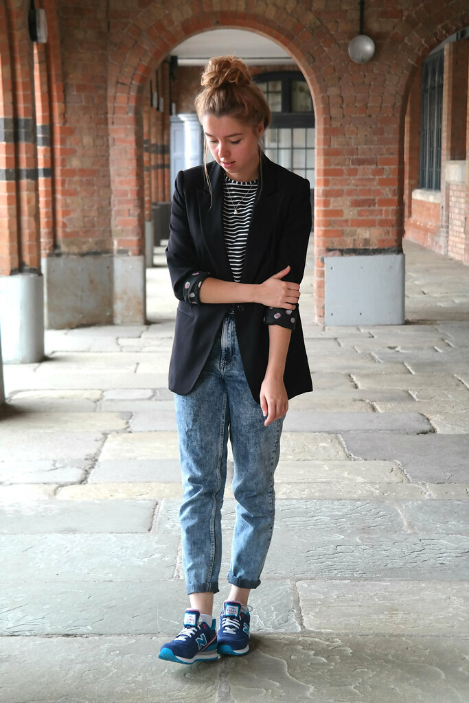 UK Fashion blogger breton and denim