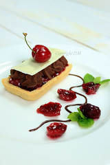 Tartlets with Sweet Cherry and Chocolate Mousse