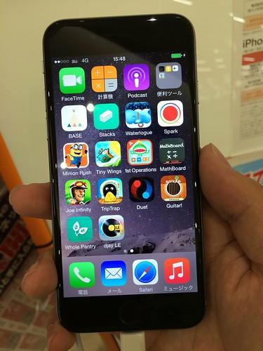 iPhone 6はいいサイズ感。
