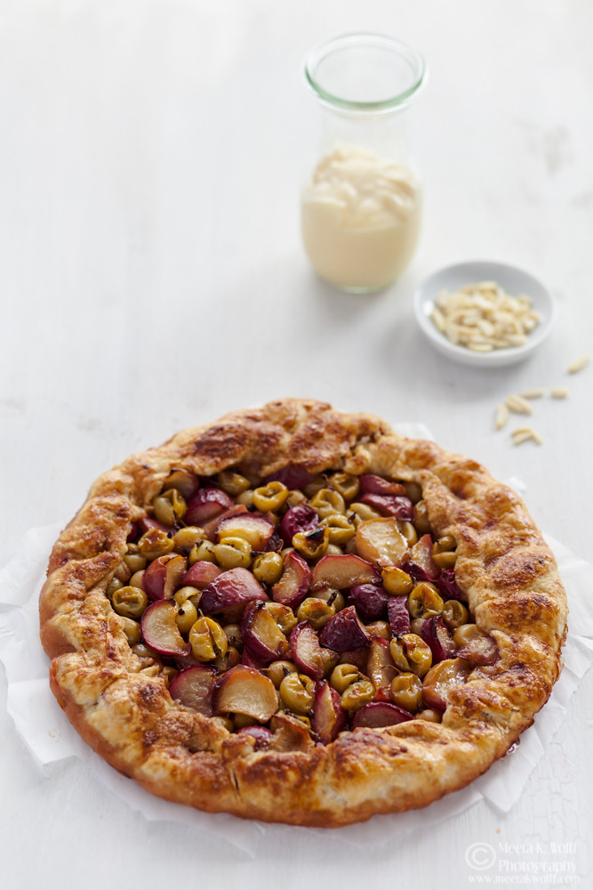 What's For Lunch Honey?: Gooseberry Nectarine Galette
