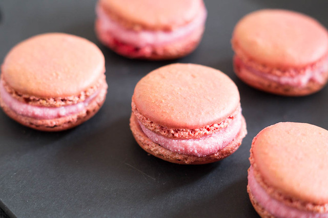 Schijn Bedriegt Macarons by I am Cooking with Love