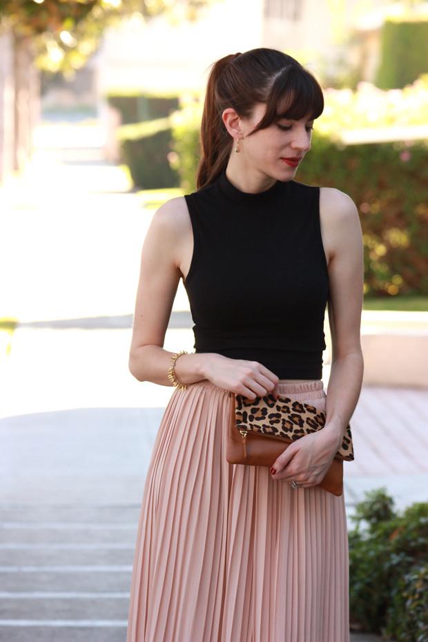 Midi Skirt, Crop Top, leopard clutch