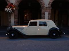 80 Jahre Citroen Traction Avant 2014 La Ferte-Vidame 673