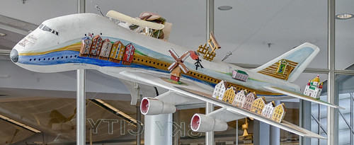 Airplane sculpture by Anders Åberg, Arlanda airport, Sweden