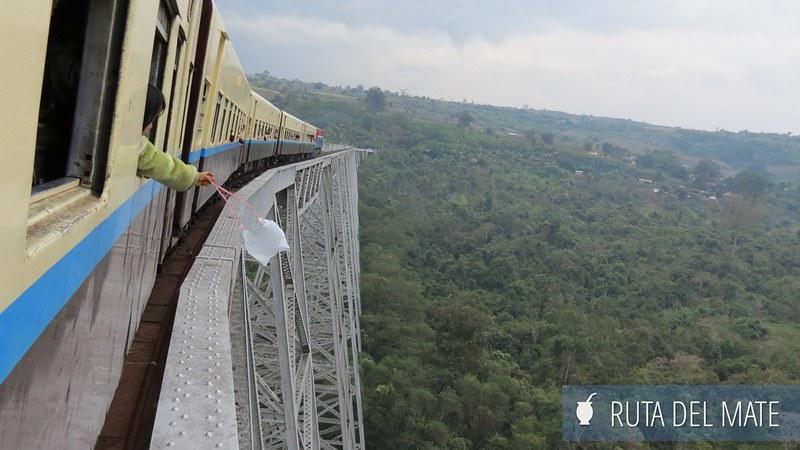 Viaducto Gokteik Myanmar (14)