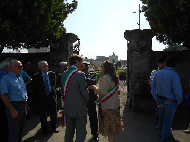 nastri tricolori al cimitero di Fratta Polesine, 8 giugno 2014