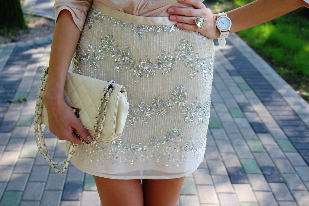 H&M-sequin-skirt-on-sale