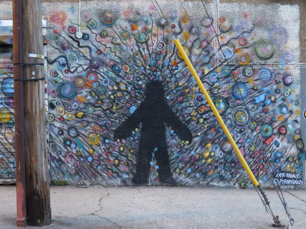 Kris Kanaly 'Pyramidguy' streetart Astoria 59 21jne14_064