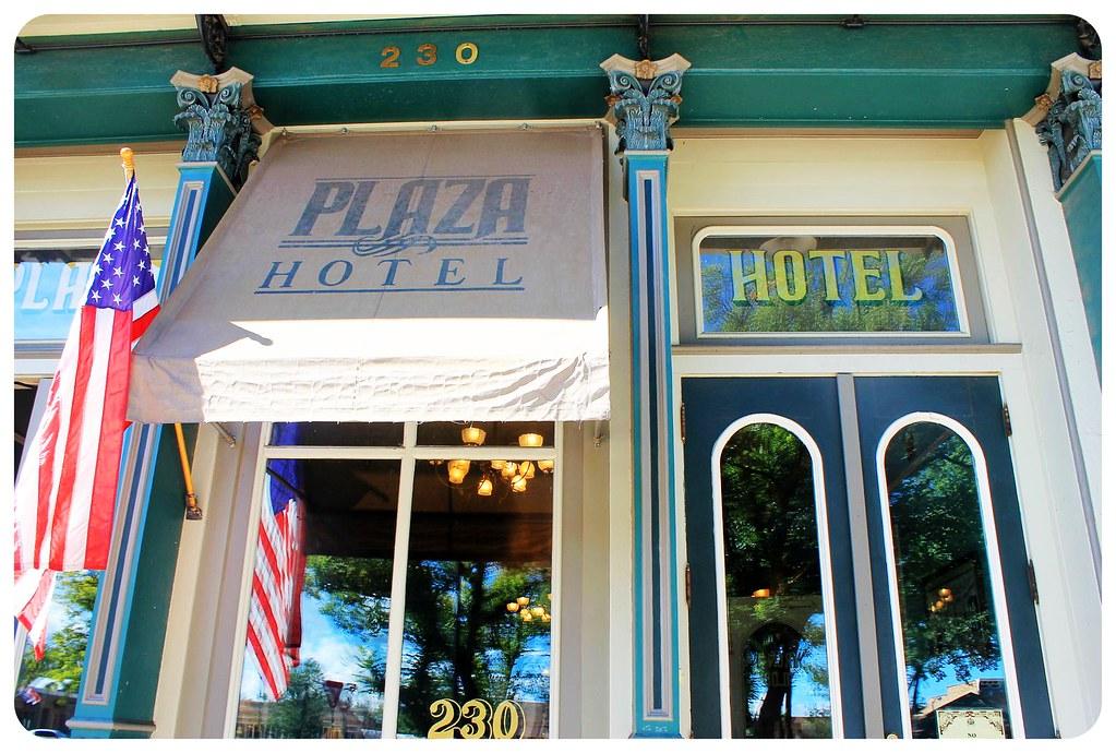 historic plaza hotel las vegas
