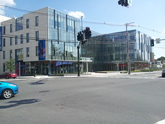 Uinversity Crossing