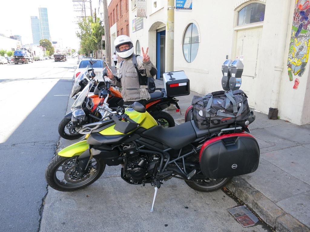 5 jours de moto en californie standblog. Black Bedroom Furniture Sets. Home Design Ideas