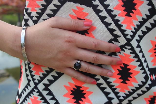 Jurkje oranje ByDagmarValerie Modemusthaves Speechless bracelet quote zinzi ring