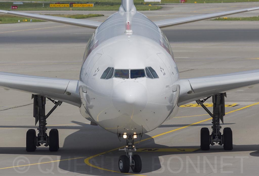 Swiss Airbus A330-343 HB-JHJ