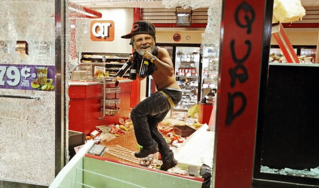 The REAL Looting Is Happening On Wall Street … Not In Ferguson 14773954678_b2271d301f_b