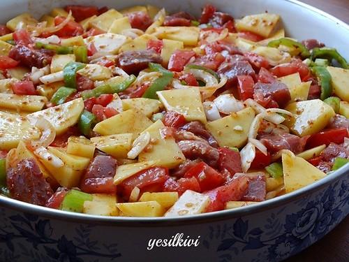 Yaz ayında yapılabilecek en pratik ve enn lezzetli yemeklerden biri ...