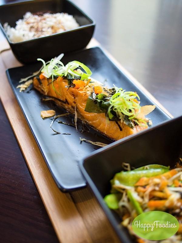 Pan-seared Salmon with Mishima Mix (Php 395)