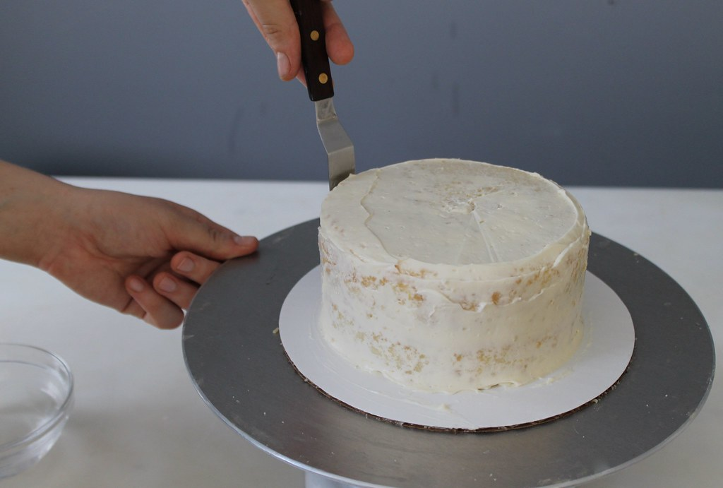 How to Make a Wedding Cake Part 3