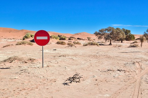 Do not enter in the desert