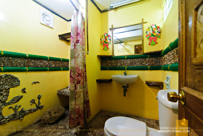 Toilet and Bath at R Paradise Beach Resort in Tambobong