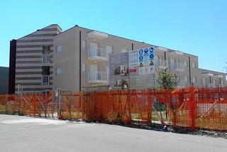 Noicattaro. Case comunali, su viale della Costituzione front