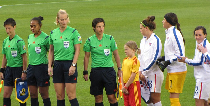 North Korea vs USA, U-20 Women's World Cup - the refs