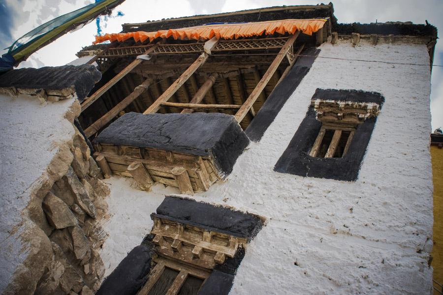 Кельи монахов. Монастыри Ладакха (Монастыри малого Тибета) © Kartzon Dream - авторские путешествия, авторские туры в Ладакх, тревел фото, тревел видео, фототуры