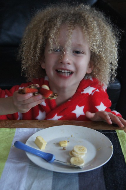 Gluten free banana pancakes DSC09949
