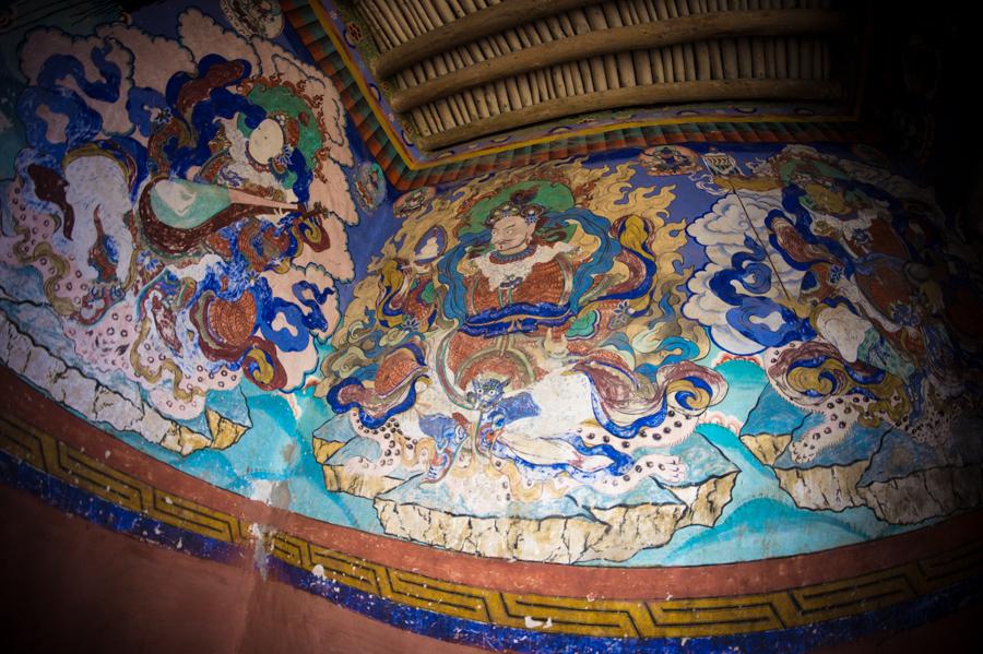 Охранители четырех направлений, фрески при входе в молитвенный зал. Монастыри Ладакха (Монастыри малого Тибета) © Kartzon Dream - авторские путешествия, авторские туры в Ладакх, тревел фото, тревел видео, фототуры