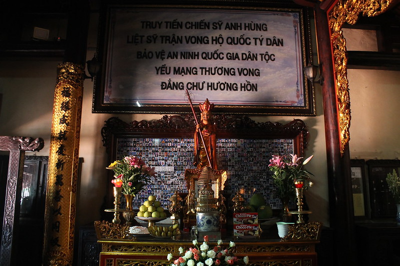 Quan Công Altar