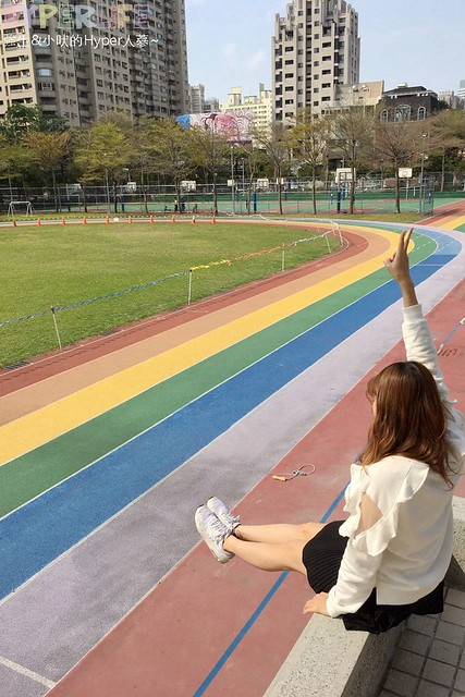 台中惠文國小彩虹跑道 (7)