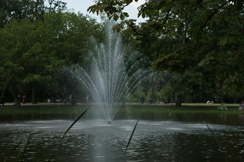 Vondelpark: fontana di laghetto