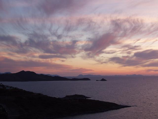 2014055180035-sunset