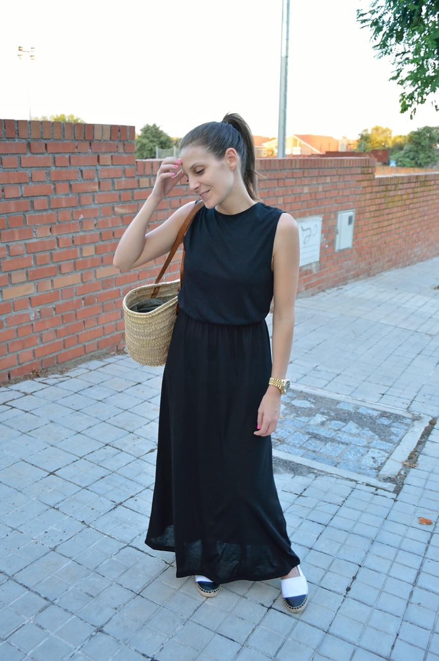 lara-vazquez-madlula-blog-style-fashion-long-black-dress