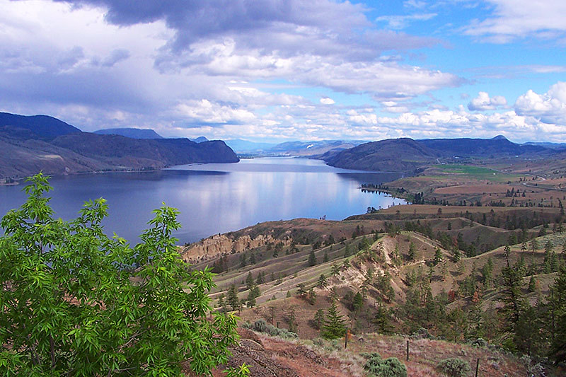 Kamloops Lake near Savona, Gold Country, North Thompson, British Columbia. Photo: Lakeside Country Inn, Savona, BC